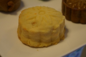 Butterskin Mooncake with Custard filling